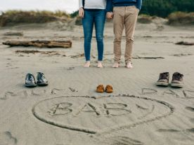 10 двойки, които споделиха благата вест в Интернет по най-романтичен начин